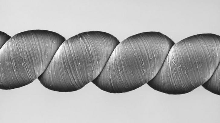 เทคโนโลยีเส้นใยผ้าระดับนาโนสร้างพลังงานไฟฟ้าให้กับอุปกรณ์ที่ไร้แบตเตอรี่